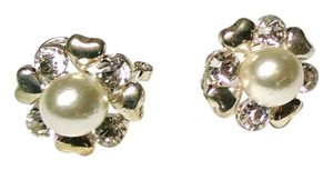 New Faux Pearl Silver Stud Earrings J906