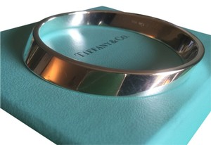 Tiffany & Co. Tiffany & Co. Rare Geometric Oval Bracelet Bangle