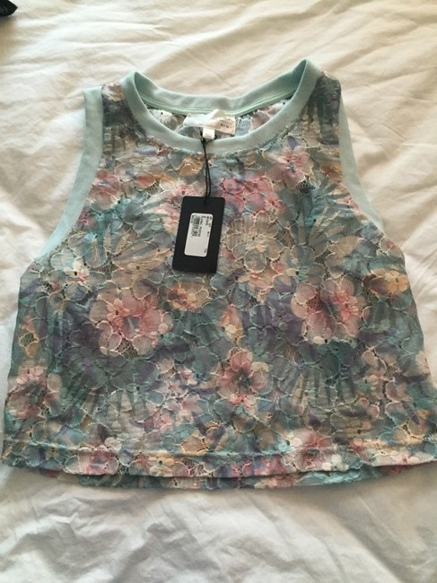 J.O.A. Lace Crop Joa Top Multi