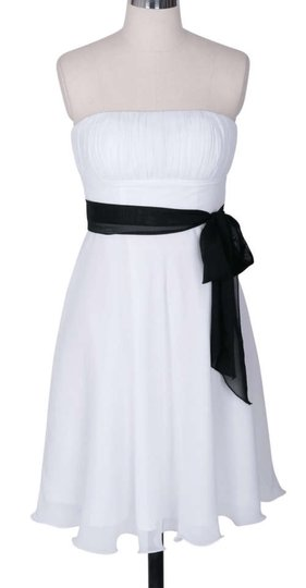 White Chiffon Strapless Pleated Bust W/ Sash Destination Wedding Dress Size 2 (XS)