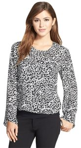 Vince Camuto Top Leopard