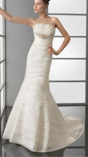 Aire Barcelona Natural Organza Beading Detail. Penelope Modern Dress Size 4 (S)