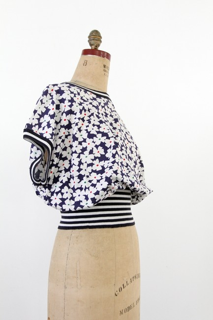 Vintage Floral 1980s Top Blue and White