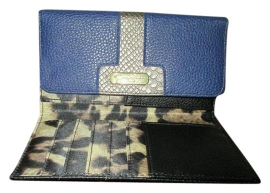 Preload https://item4.tradesy.com/images/jessica-simpson-blue-and-silver-new-sammy-slim-clutch-style-wallet-3083878-0-3.jpg?width=440&height=440