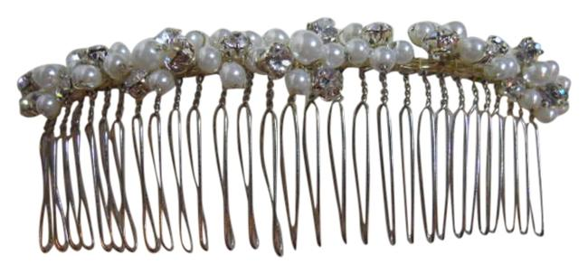 Item - Faux Pearl & Crystal Comb Hair Accessory