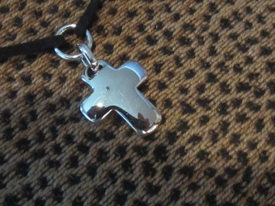 """925 Designs 925 Sterling Silver Cross 16"""" Necklace"""