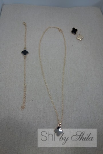 Other Black Clover with Gold plated chain