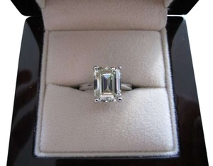 4 CARAT EMERALD CUT DIAMOND ENGAGEMENT RING