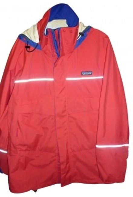 Preload https://img-static.tradesy.com/item/30904/patagonia-red-raincoat-size-16-xl-plus-0x-0-0-650-650.jpg