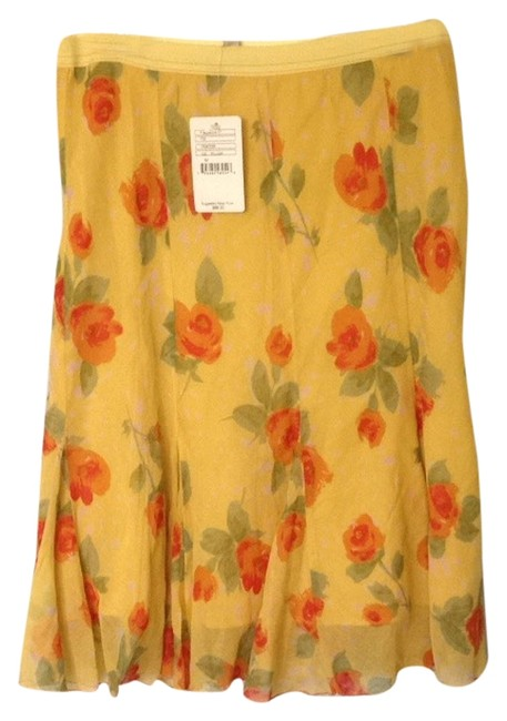Preload https://item3.tradesy.com/images/free-people-yellow-floral-size-8-m-29-30-3090652-0-0.jpg?width=400&height=650
