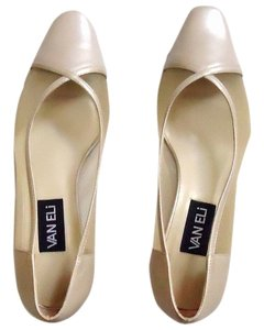 Vaneli Mesh Pearl cream Pumps