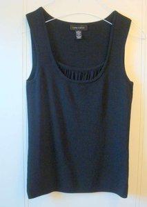 Cable & Gauge Sleeveless Scoop Neck Top Black