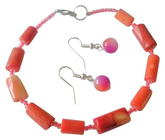 Other Coral stone beaded bracelet with free earrings