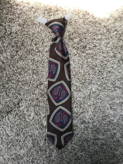 Other Boys clip on tie