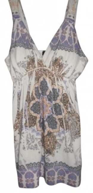 Preload https://item1.tradesy.com/images/rue-21-0ff-white-multi-loose-fit-tunic-size-16-xl-plus-0x-30970-0-0.jpg?width=400&height=650