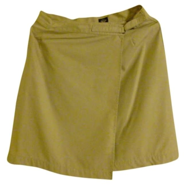 Preload https://img-static.tradesy.com/item/309727/dockers-khaki-knee-length-skirt-size-8-m-29-30-0-0-650-650.jpg