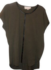 Vince Camuto Top Military Green