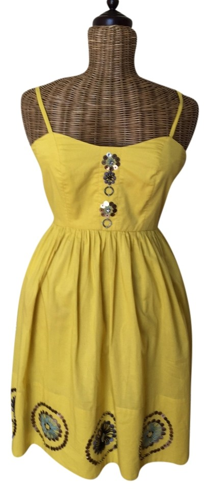4a49ba77274 Anthropologie Sunray Medallion Knee Length Short Casual Dress Size 2 ...