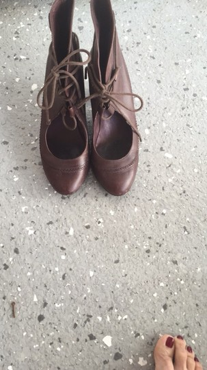 Camper Brown Leather Pumps