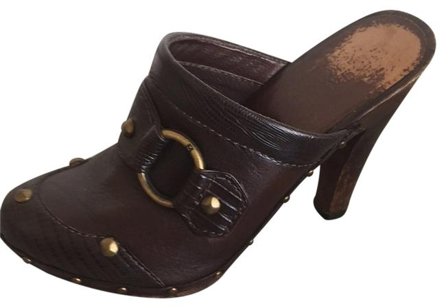 Michael Kors Brown Leather Mules/Slides Size US 7 Regular (M, B) Michael Kors Brown Leather Mules/Slides Size US 7 Regular (M, B) Image 1