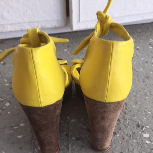 Sigerson Morrison Yellow Wedges