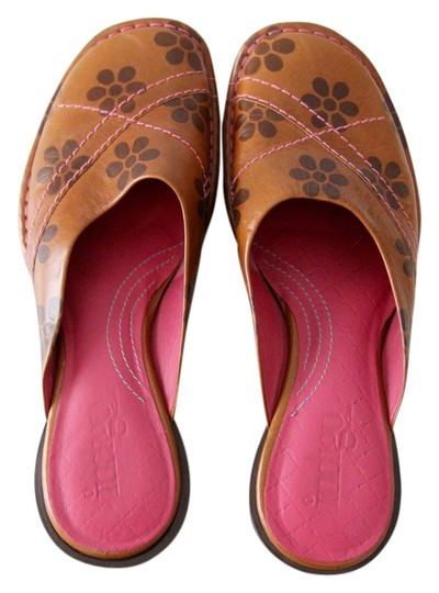 Preload https://item5.tradesy.com/images/clarks-indigo-by-floral-tan-mules-3099319-0-0.jpg?width=440&height=440