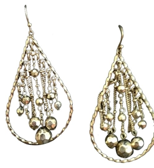 Preload https://img-static.tradesy.com/item/3099631/other-gold-fashion-earrings-3099631-0-0-540-540.jpg