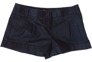 Express Cuff Legs Shorts Black