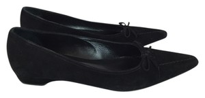 Isaac Mizrahi Suede Pointed Toe Black Flats
