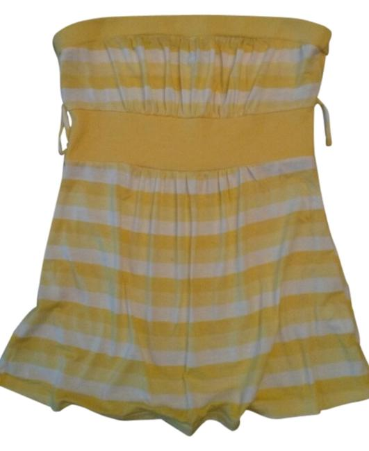 Preload https://item3.tradesy.com/images/forever-21-yellow-tank-topcami-size-2-xs-3103102-0-0.jpg?width=400&height=650