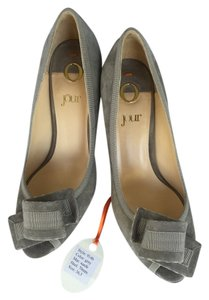 O Jour Grey Suede Pumps