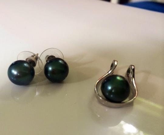 Other Black Tahitian Pearls