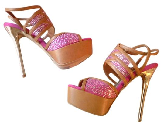 Preload https://item1.tradesy.com/images/bakers-pink-and-brown-pumps-3104290-0-0.jpg?width=440&height=440