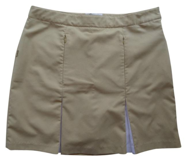 Item - Tan with White Trim Brand Shorts Size 6 (S, 28)