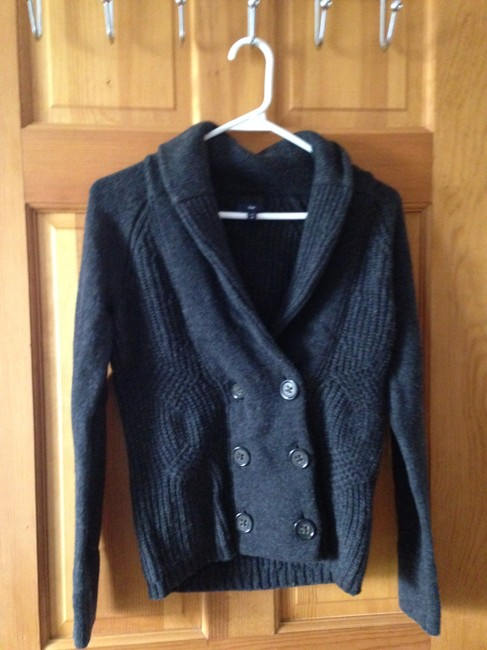 Gap Xs Front Button Cozy Cute Sweater