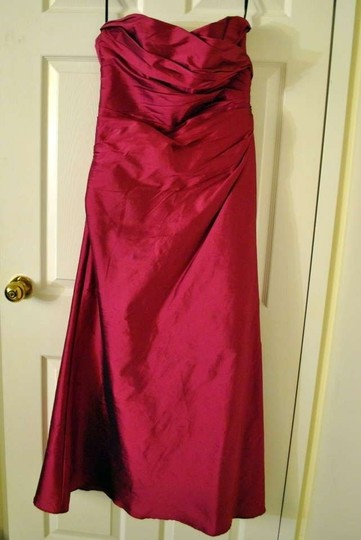 Jim Hjelm Occasions Raspberry Silk Taffeta 5030 Formal Bridesmaid/Mob Dress Size 4 (S)