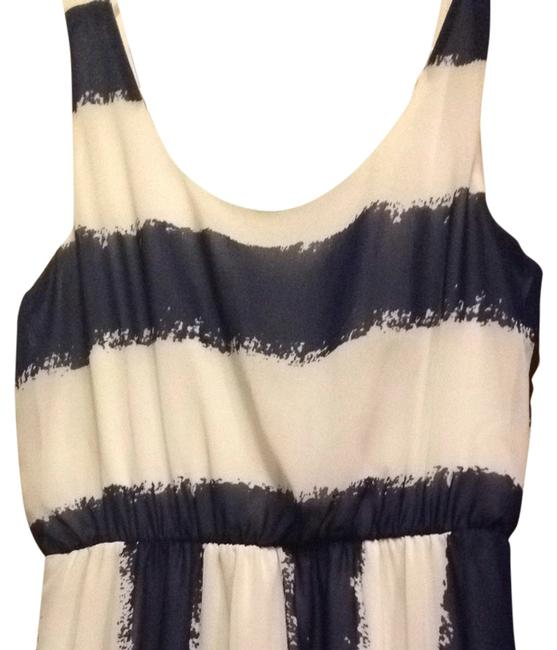 Preload https://item1.tradesy.com/images/charming-charlie-maxi-dress-navy-blue-and-white-3105490-0-0.jpg?width=400&height=650