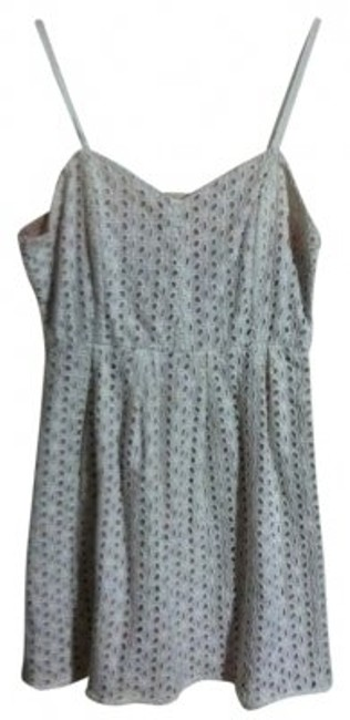 Preload https://img-static.tradesy.com/item/31058/pins-and-needles-white-eyelet-above-knee-short-casual-dress-size-4-s-0-0-650-650.jpg