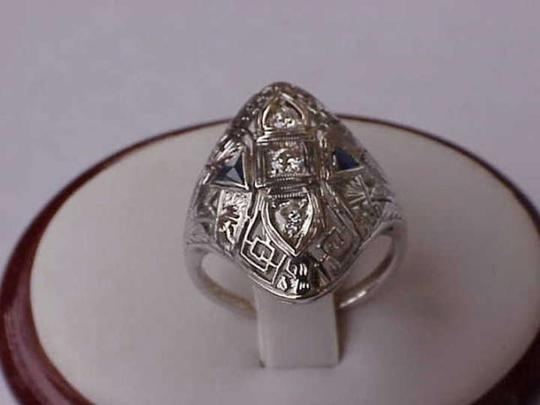 Vintage Vintage 18k White Gold Filigree Ring with diamond and sapphires