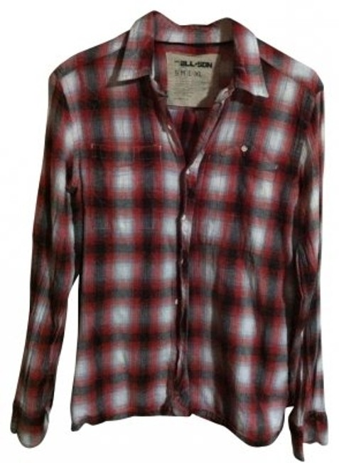 Preload https://img-static.tradesy.com/item/31072/urban-outfitters-redblack-flannel-button-down-top-size-8-m-0-0-650-650.jpg