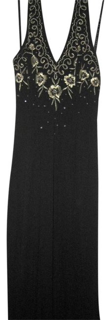 Item - Black Vintage Detailed Gown with Train Long Formal Dress Size 4 (S)