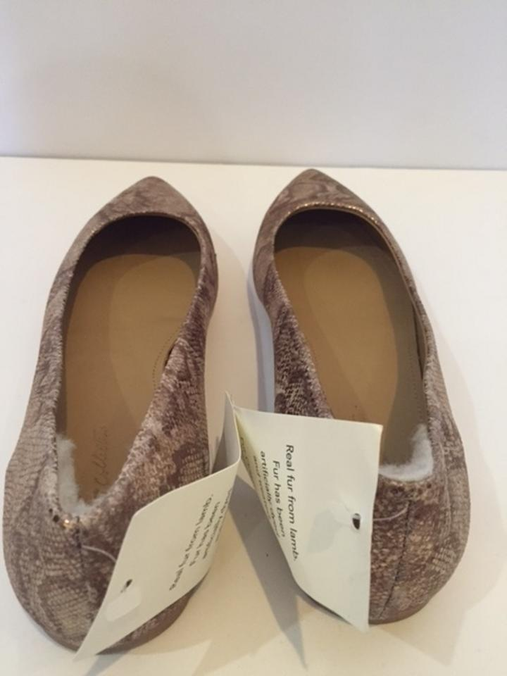 ec30a55b6be Uggs Pointed-toe Flats