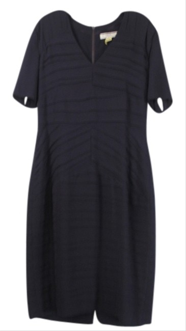 Preload https://item3.tradesy.com/images/burberry-london-eggplant-knee-length-workoffice-dress-size-10-m-3111352-0-0.jpg?width=400&height=650