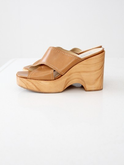 Charles David Mules Leather Sandals Beige Platforms
