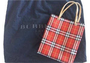 Burberry London Tote in Burberry red checkers
