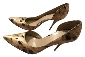 Bakers Beige with Prints Pumps