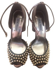 Steve Madden Black, Bronze, Gold Pumps