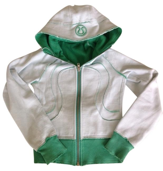 Preload https://item2.tradesy.com/images/lululemon-green-mint-scuba-remix-hoodie-vintage-activewear-size-2-xs-26-3117721-0-0.jpg?width=400&height=650