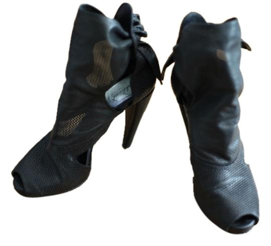 Preload https://item4.tradesy.com/images/black-no-style-name-bootsbooties-size-us-10-regular-m-b-3118408-0-2.jpg?width=440&height=440