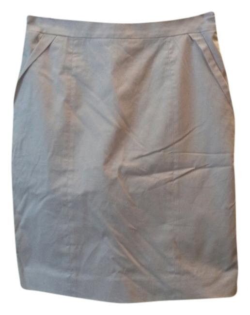 Preload https://item4.tradesy.com/images/h-and-m-pink-knee-length-skirt-size-6-s-28-3118468-0-0.jpg?width=400&height=650